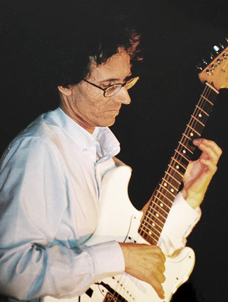 Alain-DABRETEAU-Guitariste